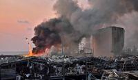Grande explosão atinge área portuária de Beirute; governo cita ao menos 50 mortos