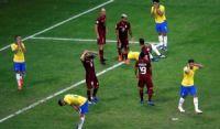 Brasil para na defesa adversária e no VAR, e apenas empata com a Venezuela