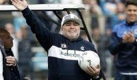 Morre Diego Maradona, maior ídolo do futebol argentino