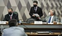 CPI da Covid elege Aziz como presidente e Randolfe, vice; Renan é relator