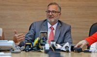 Após ofensas contra chef, secretário de Saúde da Bahia pede exoneração do cargo