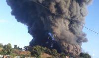 Após 5h, incêndio em fábrica de Salvador é controlado
